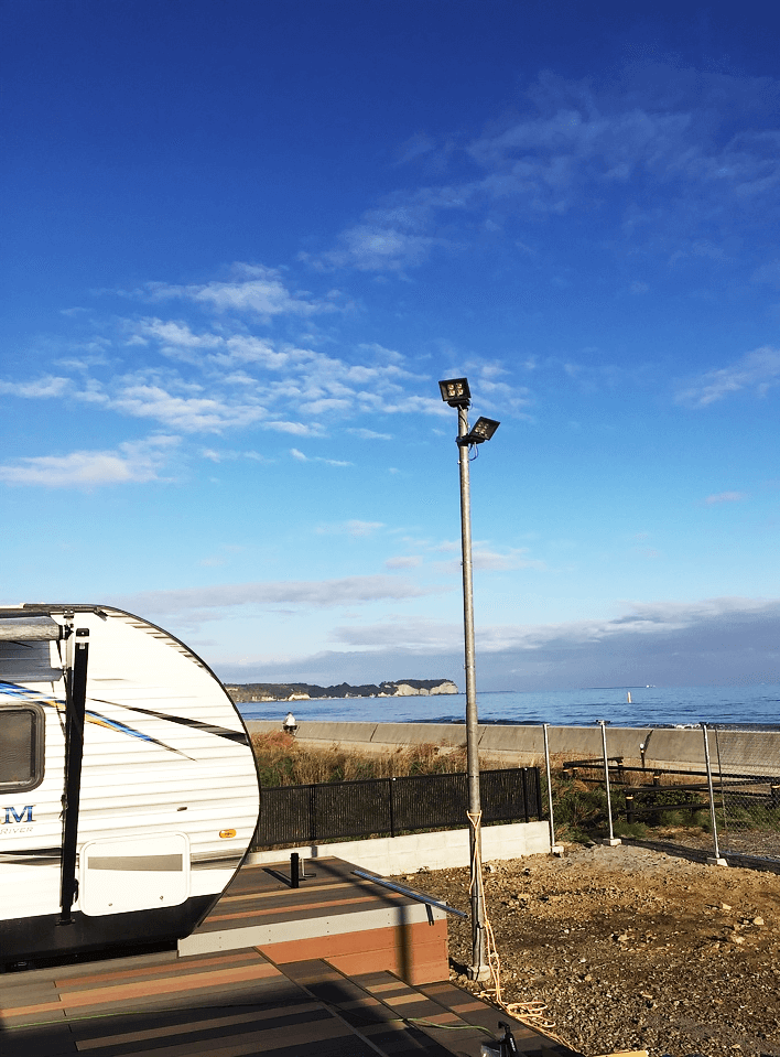 クラフトマンシップ ウッドデッキ施工例:福島ベース シーオリーブ-NO.5 海を眺めるウッドデッキ