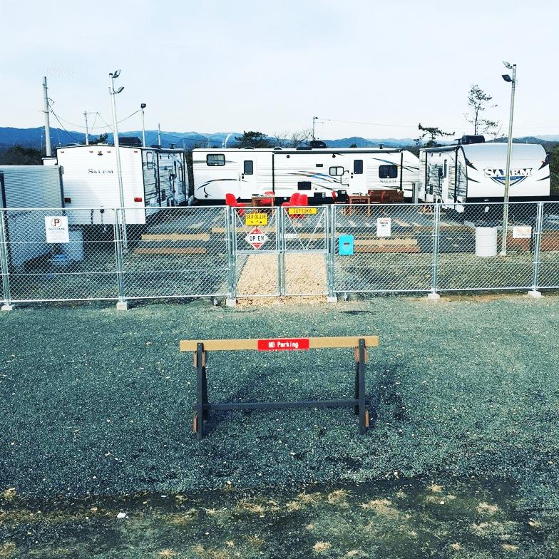 クラフトマンシップ ウッドデッキ施工例:福島ベース-NO.1 開放的でちゃんと仕切ってます