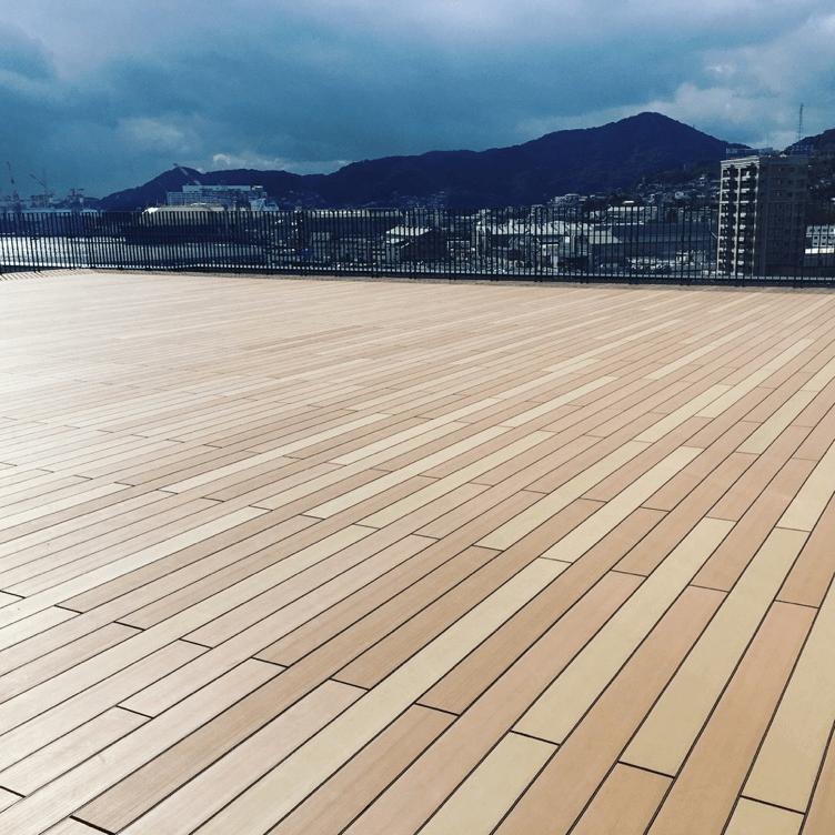 クラフトマンシップ ウッドデッキ施工例:長崎県某所展望デッキ 長崎県-NO.1 海の見える展望デッキ