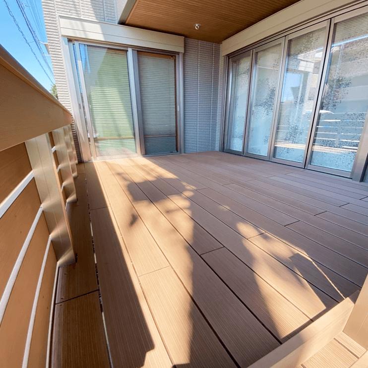 クラフトマンシップ ウッドデッキ施工例:S様邸 埼玉県所沢市-NO.6 ミッドエリアをウッドデッキ でフラット通行